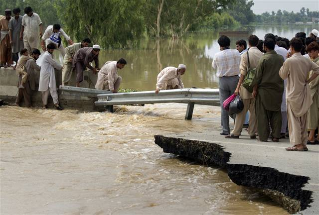 flood in pakistan This article is from the archive of our partner the floods in pakistan are now worse than haiti's january 2010 earthquake, the 2004 indian ocean tsunami, and the 2005 kashmir earthquake combined, the united nations' office for the coordination of humanitarian affairs announced on monday the.