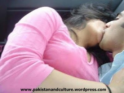 pakistani+girl+and+boy+kissing+in+car