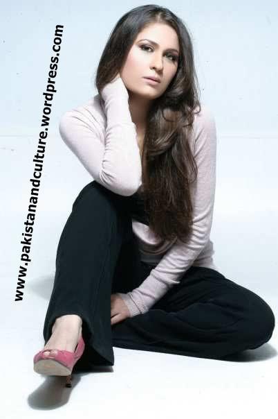 picture+nausheen shah pakistani+hot+mujra+actress