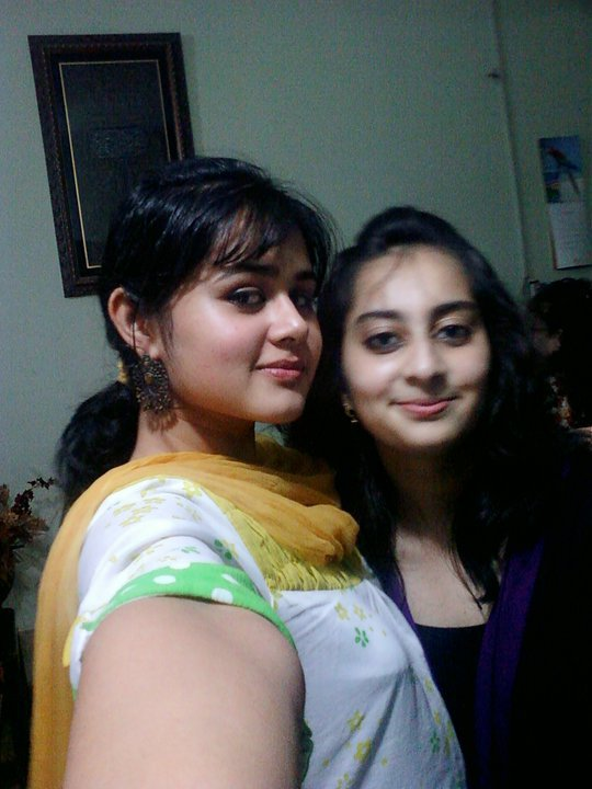 PAKISTANI GIRLS FOR MARRIAGE (5)