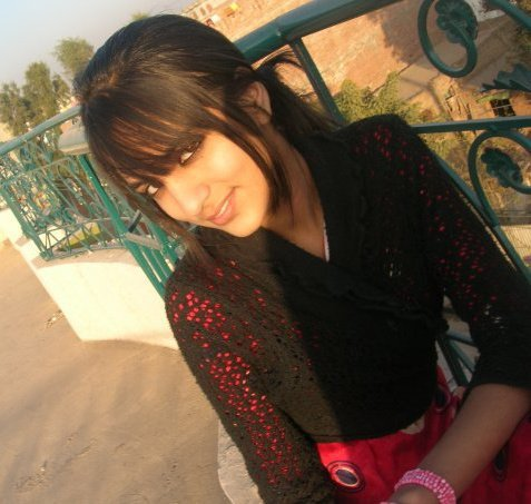 pakistan girls inside college photo