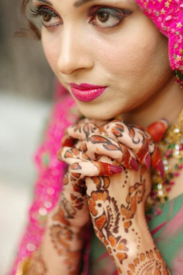 Mehndi Night Makeup : Pakistani wedding photos pakistan and pakistanis